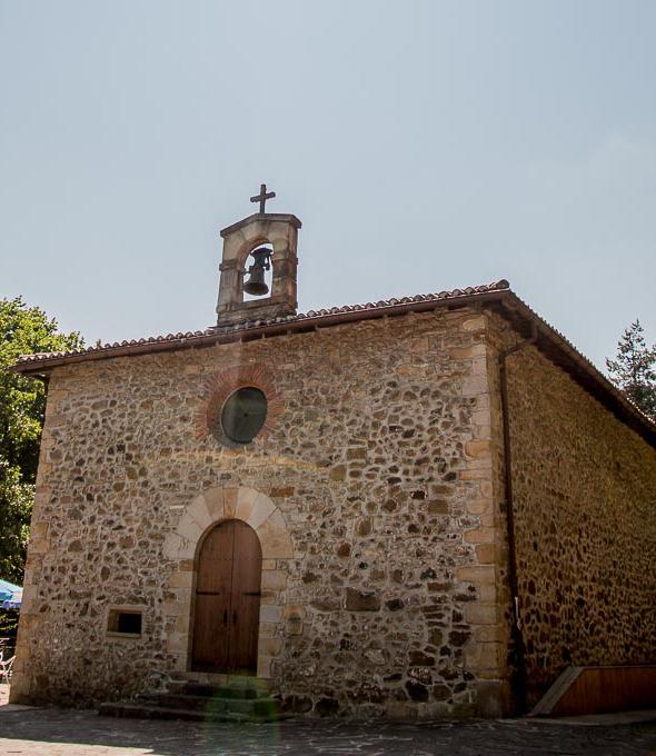 Santa Barbara baseliza ermita Urretxu